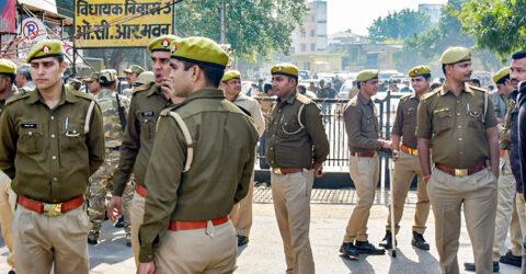 বিতর্কিত 'লাভ জিহাদ আইনে' ভারতে গ্রেফতার ১০, সমালোচনা বাড়ছে