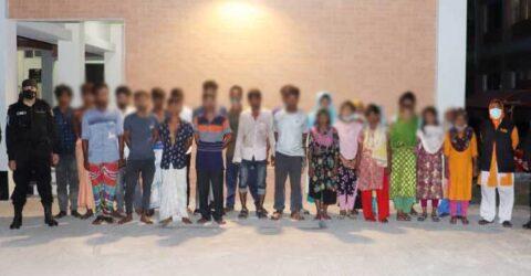 কারওয়ান বাজারে র্যাবের অভিযান, ২৫ নারী-পুরুষ আটক